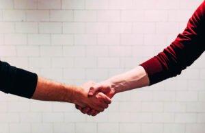covid19_handshake